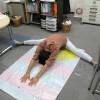 「開脚測定シート」を使って生徒や講師と開脚対決したよ!